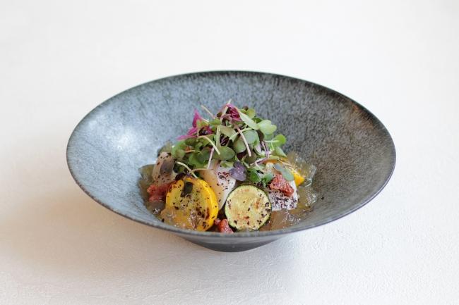 龍神梅とホタテ、ズッキーニの冷製パスタ ~鰹だしのジュレとこだわり玄米麺~  1,680円(税別)