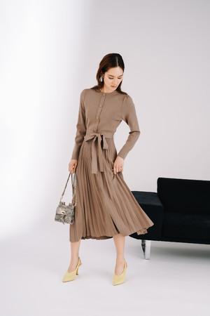 Dress ¥14,000+tax 【地球にやさしいサステナブル素材を使用】