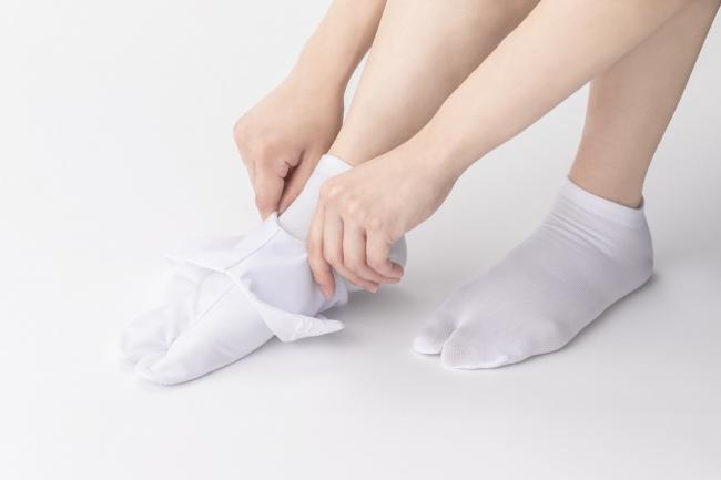 着用イメージ(足袋との重ね履き)