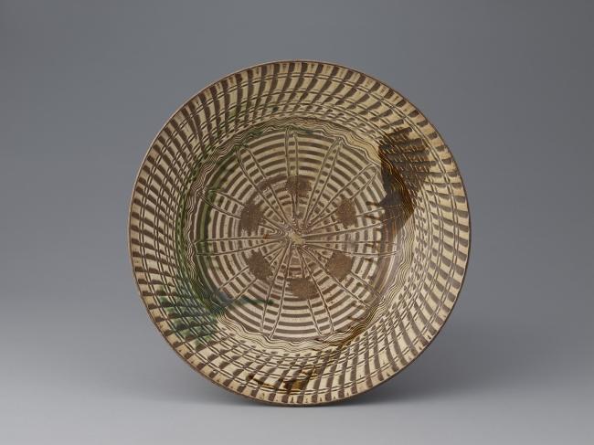 緑褐彩櫛目文大皿 肥前 武雄 小田志・庭木 1650~1690代