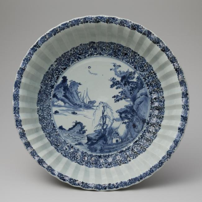 染付山水文輪花大皿 重要文化財 1640~1650年代 肥前有田 今泉吉郎氏寄贈