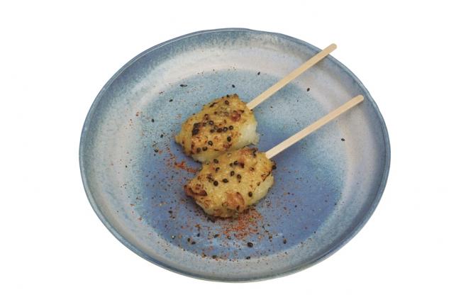 【店舗名:IKI-BA】 海茸の粕漬けと 佐賀米の五平餅