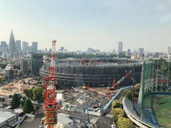 建設中の新国立競技場(2018年6月時点)