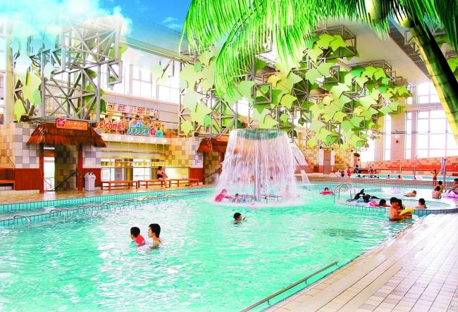 日光霧降の大型屋内温水プール「VIVA!ハワイアン」