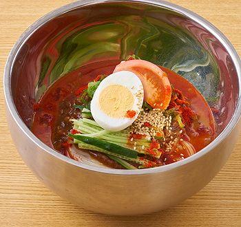 菊水亭のHotメニュー 「旨辛 冷やし肉味噌麺」