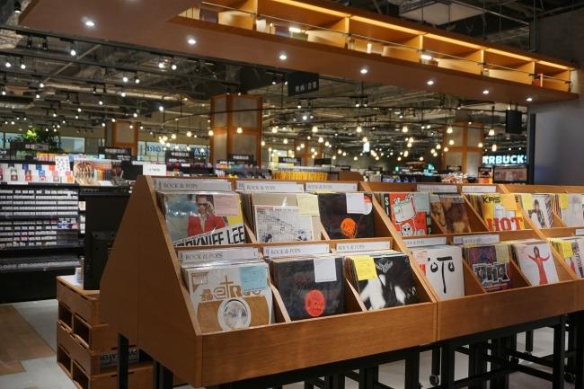 上質な音楽鑑賞を提案するレコード売り場