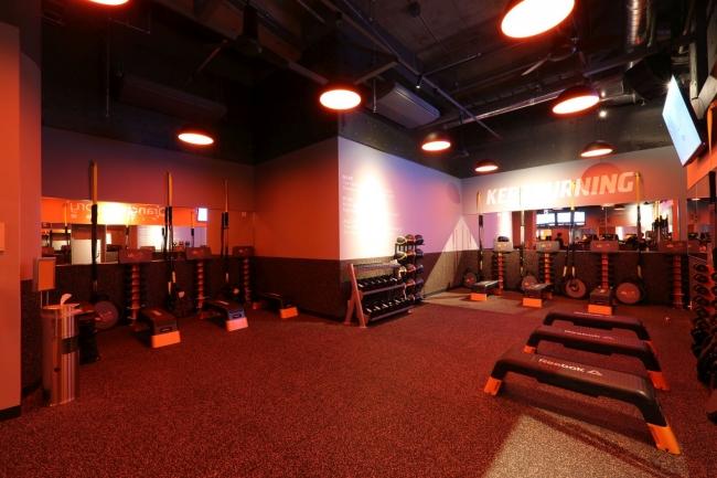 スタジオ内、ファンクショナルトレーニング・ゾーン