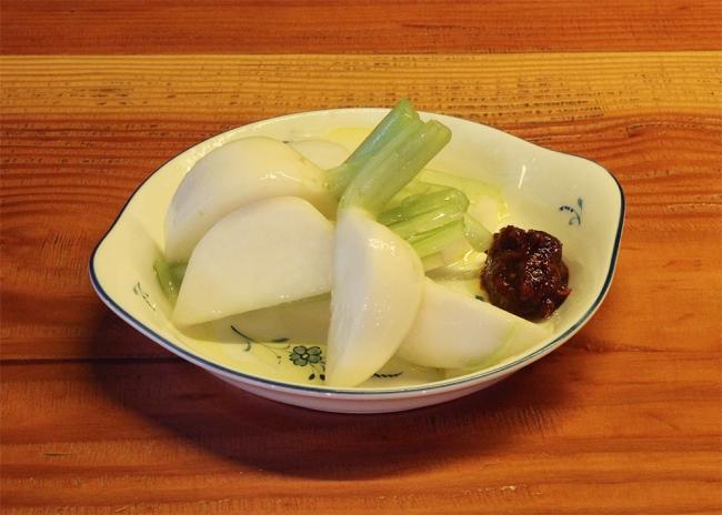 かぶの塩麹マリネ 生七味添え(価格:580円)