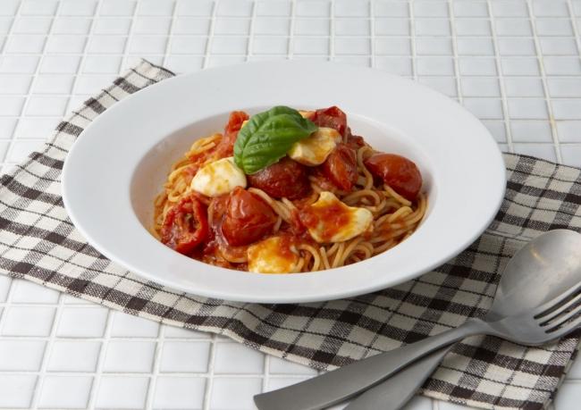 モッツアレラチーズのトマトソース