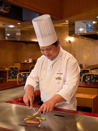 「日本料理なにわ 鉄板焼」料理長 福村 靖史