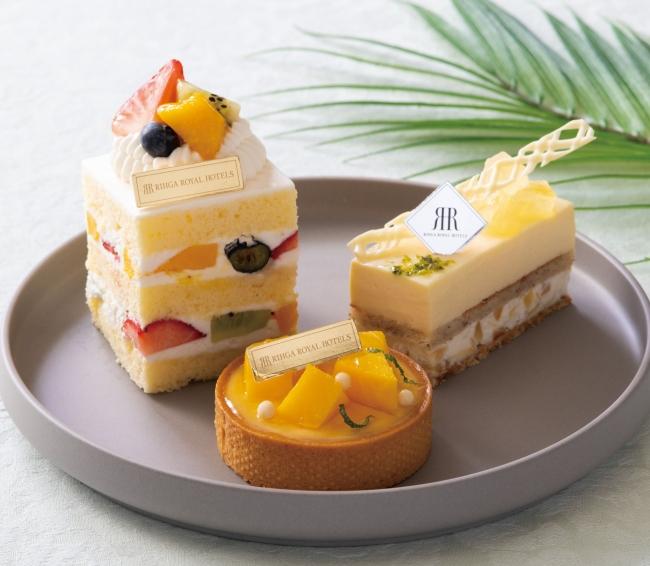 パインアップルやパッションフルーツを使用したカットケーキ