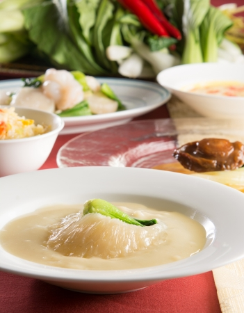 中国料理 皇家龍鳳「ふかひれとアワビを愉しむディナー」