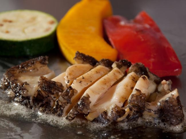 日本料理なにわ 鉄板焼「 活アワビと黒毛和牛のディナー」