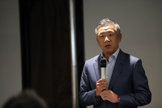 弊社 代表取締役社長 韓裕の挨拶