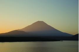 富士山の湧き水で染色