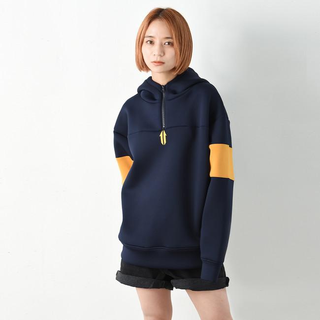 【UNITE】Emblem Logo Half Zip Hoodie ¥15,950(税込み)