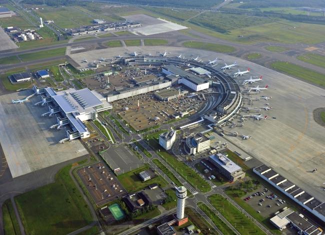 ポケットチェンジ端末が設置された新千歳空港ターミナルビル  (素材提供:新千歳空港ターミナルビルディング株式会社)
