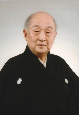 山本東次郎氏
