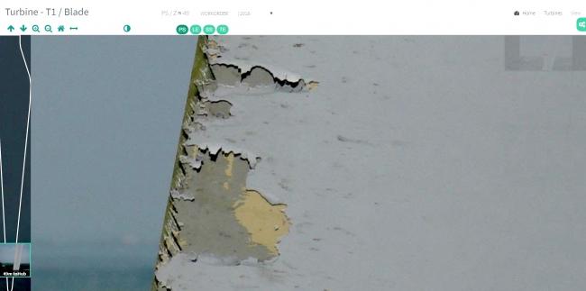ドローン点検から得られる高画質レポート(破損の大きさは約30cm)