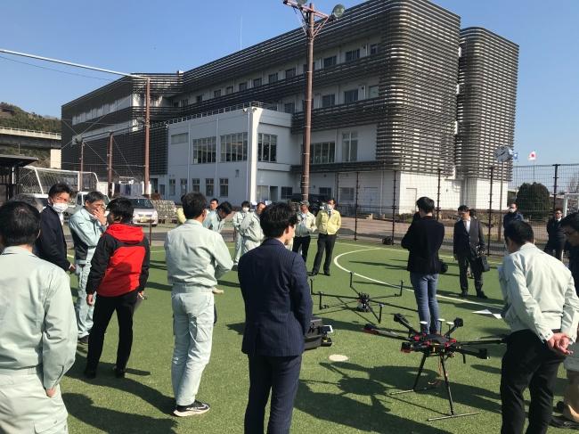 計測デモ・講習会に参加した、県内の測量会社や建設会社の社員の方々