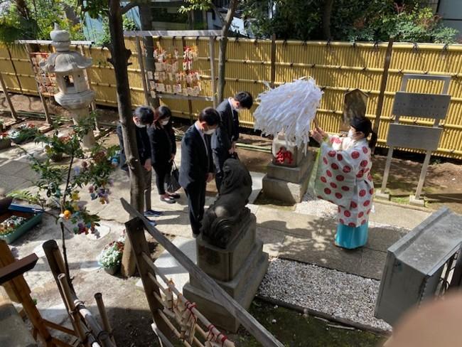 スタッフが高円寺・気象神社へ 晴天祈願に行ってきました