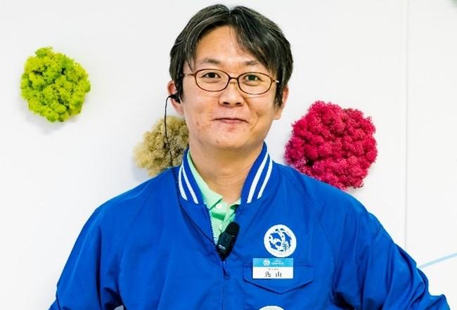 サンシャイン水族館クラゲ担当飼育スタッフ 先山広輝(さきやまひろき)
