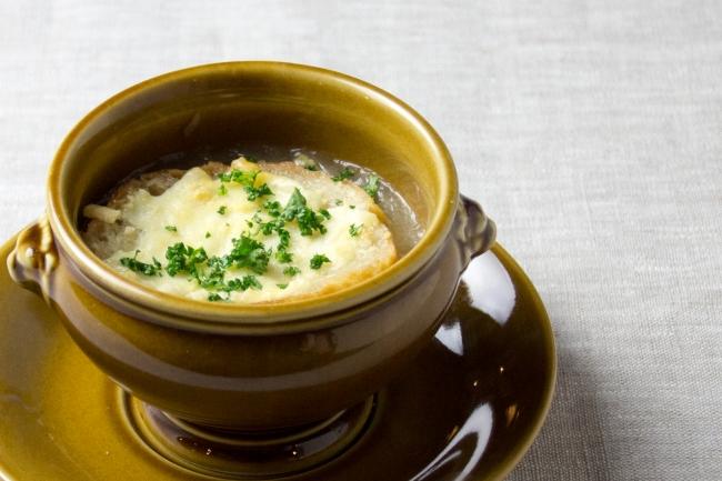 トラディッショナルオニオンスープ