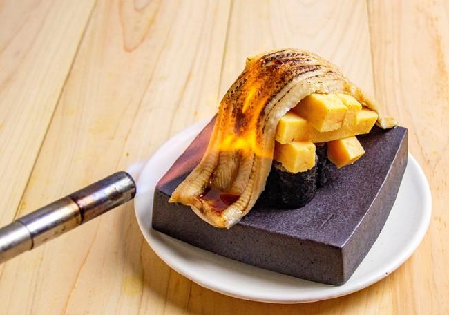 しだれる穴きゅう玉寿司