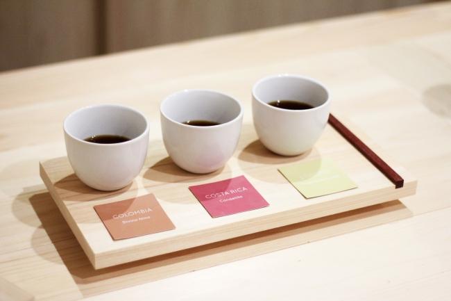 農園ごとのコーヒーが比べられる「飲み比べセット」680円。