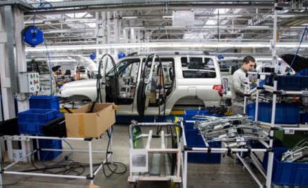 「ウリヤノフスク自動車工場」社の組み立てライン。同社を筆頭に、自動車部品メーカーの裾野産業が州内幅広く発展