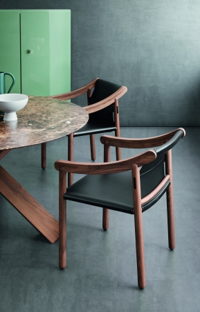 905 chair(Cassina)