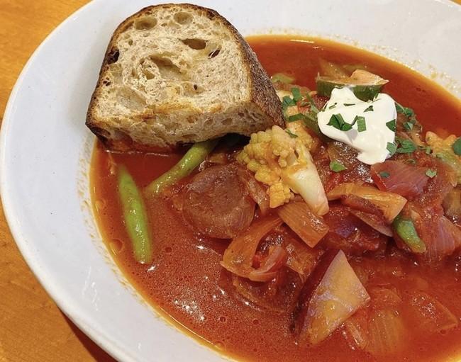 たっぷり鎌倉野菜のビーツスープ