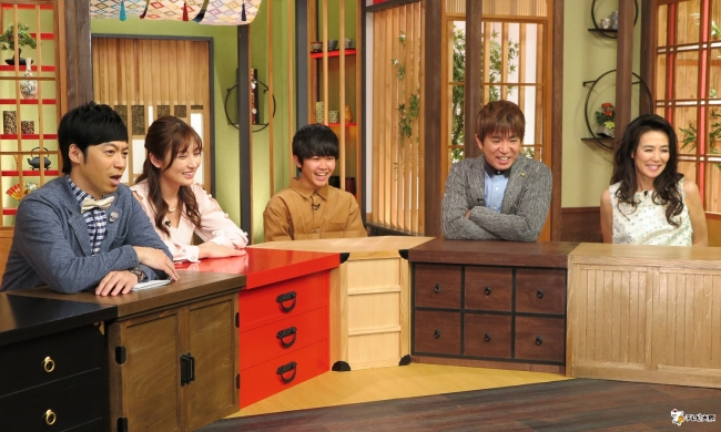 (左から)東貴博、熊田曜子、鈴木福、濱口優(よゐこ)、萬田久子