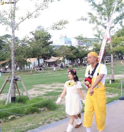 天王寺公園でポケだちを探すふたり