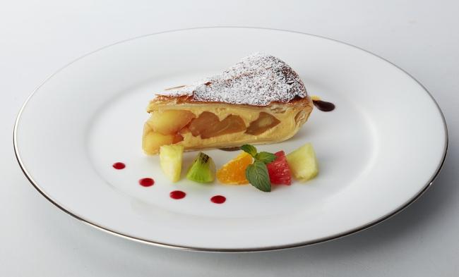 「丸ノ内ホテル 伝統のアップルパイ」