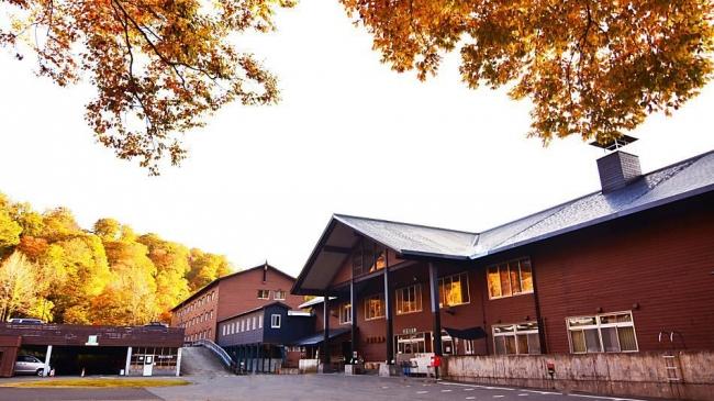 【3位:日本の山岳温泉リゾート 新玉川温泉】外観