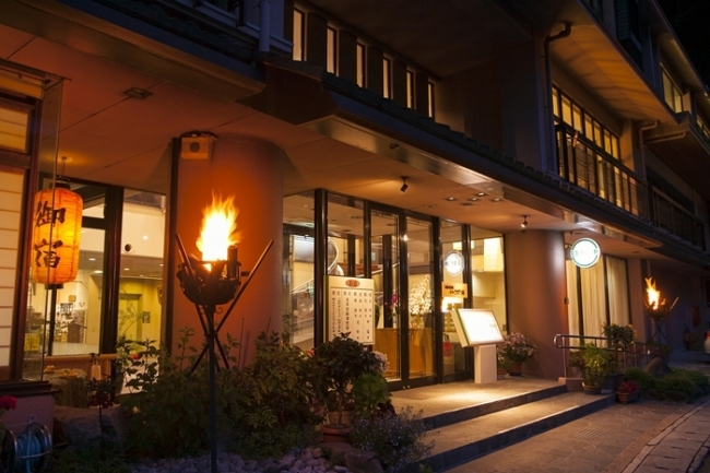 【2位:新祖谷温泉 ホテルかずら橋】外観