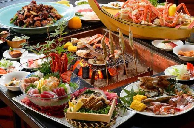 【1位:湯野浜温泉 華夕美日本海】囲炉裏料理