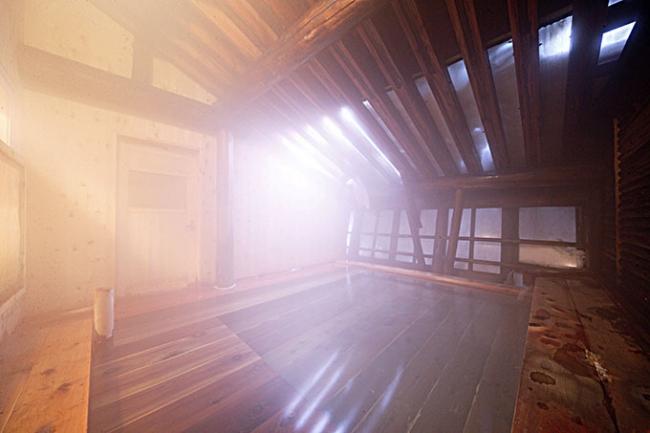 2位 日本の山岳温泉リゾート 新玉川温泉 露天風呂