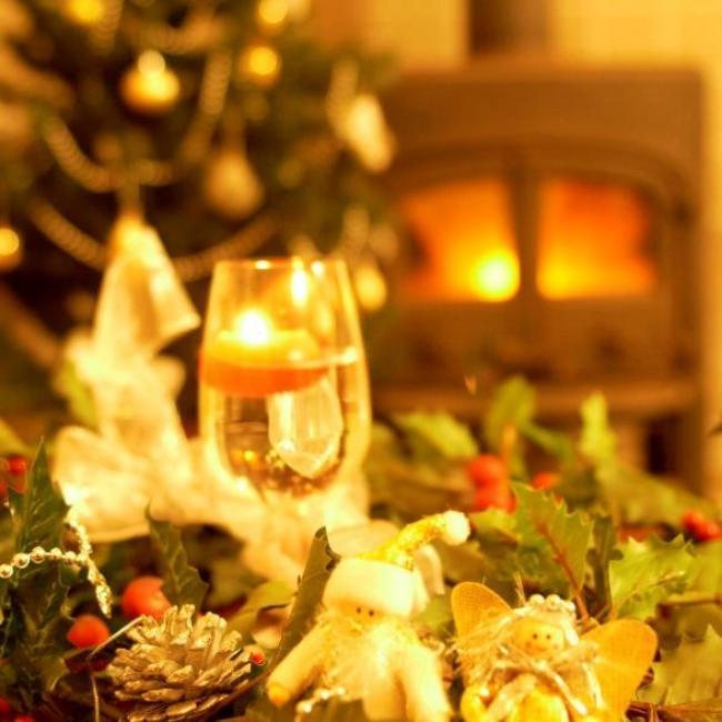 1位 那須温泉 TOWAピュアコテージ クリスマスの暖炉イメージ