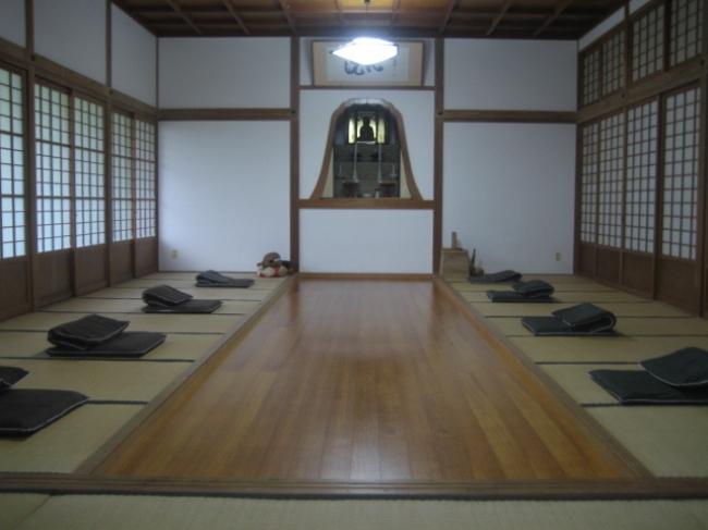 【3位:宿坊対馬西山寺】座禅