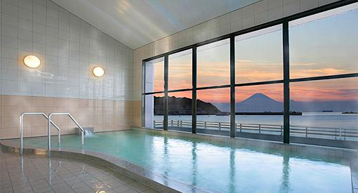 【2位:休暇村 館山】大浴場からの夕日