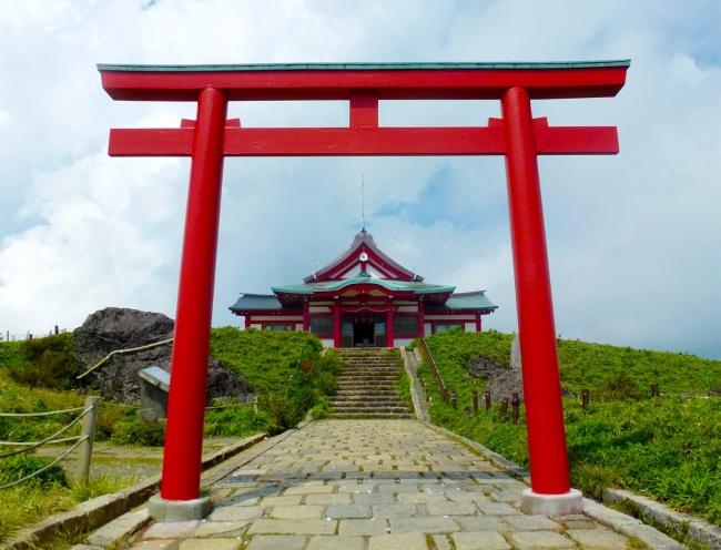 駒ケ岳山頂の「元宮」