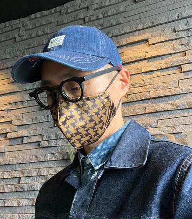 Coyote Brown着用(ファッショに合わせてマスクのカラーも変えてお楽しみください)