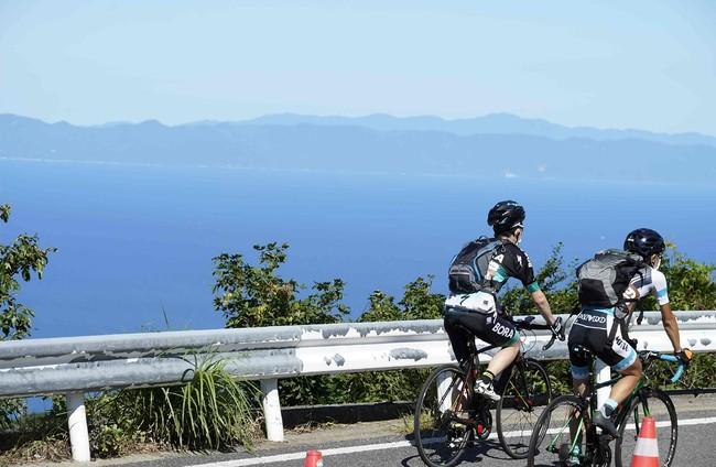 天気がよければ佐渡島も見えます