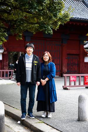 著者の菊地ユキさんと息子の大夢さん (C)光文社『発達障害で生まれてくれてありがとう』