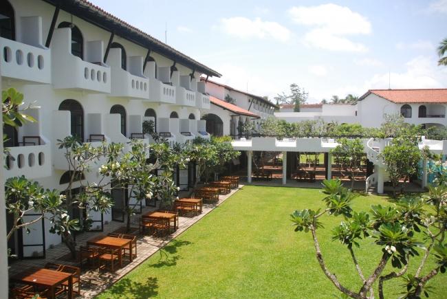 バワ建築のホテルでアーユルヴェーダ