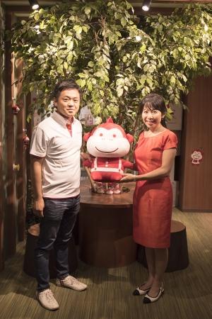 株式会社アップル 代表取締役 文字放想(左)とCHD 大嶋祥誉氏