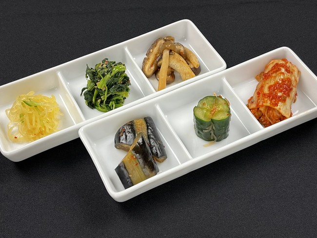 ▲秋野菜のナムル・キムチの盛合せ