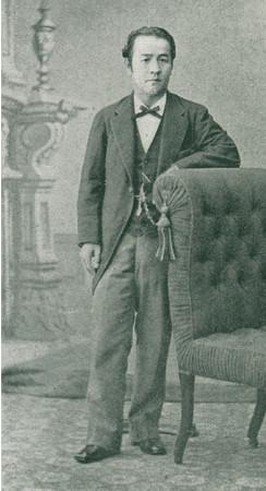 渋沢栄一肖像写真 1883年(明治16)「龍門雑誌」第522号より